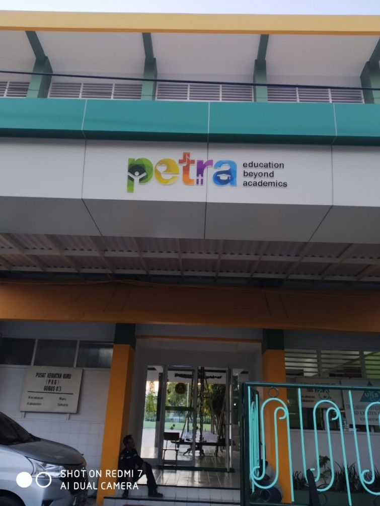 3d-letter-for-sd-petra-13-surabaya
